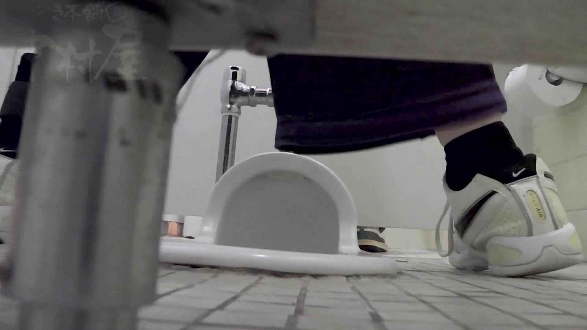 トイレ盗撮|マンコ丸見え!第三体育館潜入撮File006 進化!!|のぞき本舗 中村屋