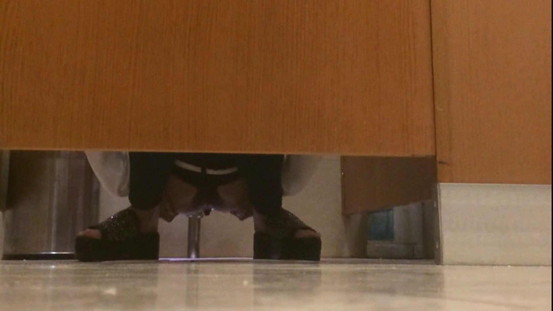 トイレ盗撮|「噂」の国の厠観察日記2 Vol.14|のぞき本舗 中村屋