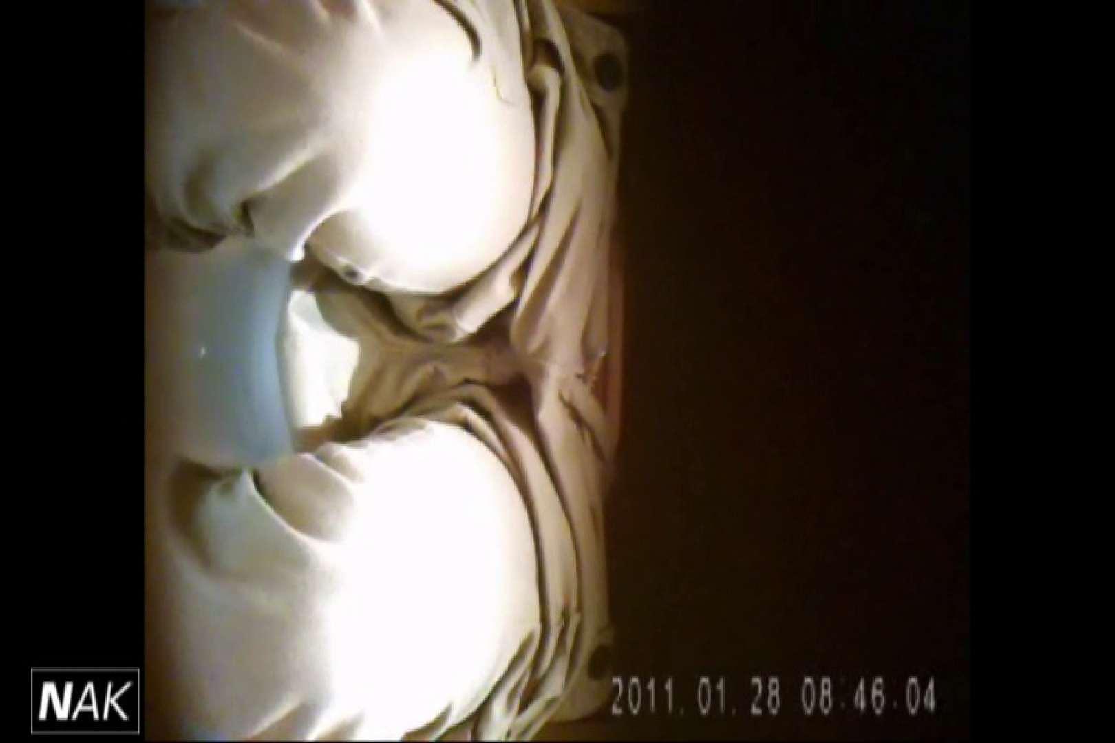 トイレ盗撮|せん八さんの厠観察日記!2点監視カメラ 高画質5000K vol.16|のぞき本舗 中村屋
