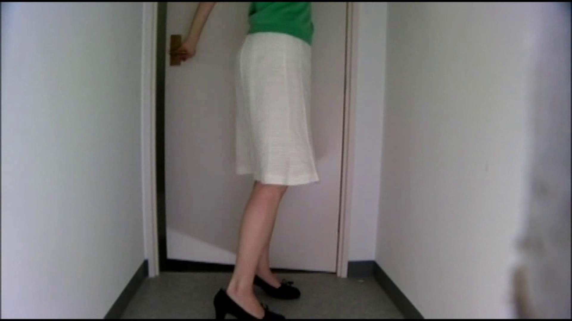 トイレ盗撮 和式にまたがる女たちを待ちうけるカメラの衝撃映像vol.01 のぞき本舗 中村屋